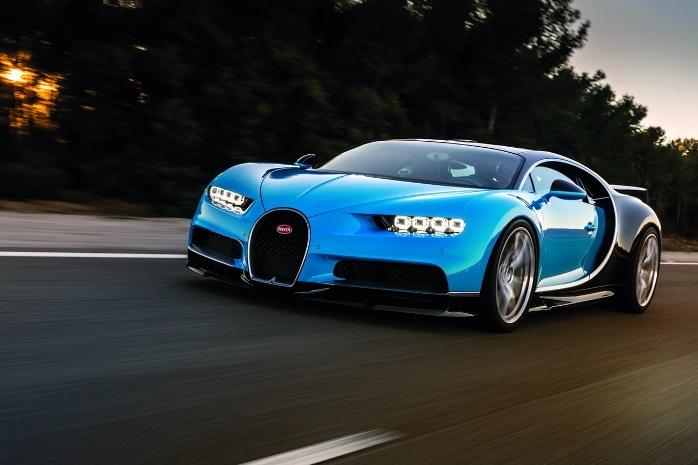 Bugatti Chiron blue