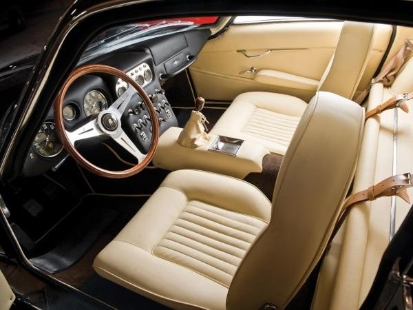 Lamborghini 350GTV salon